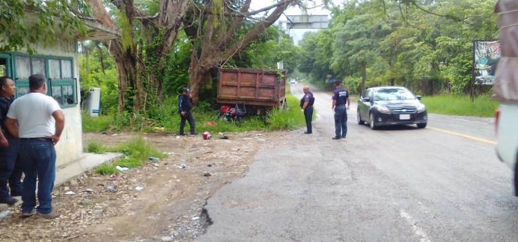 Motociclista muerto en trágico accidente