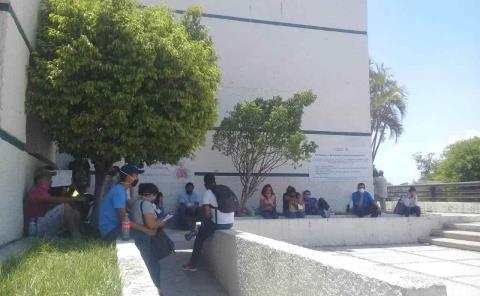 El IMSS y Hospital por colapsar