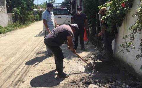Intensifican campañas de desazolve de drenajes