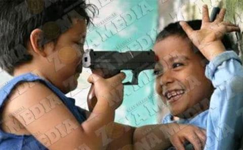 Niños dañados por armas de juguete