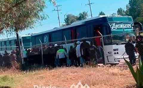 Detienen a Autobuses