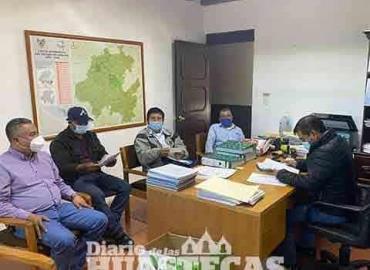 Autoridades de Olotla  y Concejo se reúnen