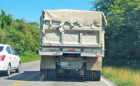 Camiones sin luces son un serio peligro