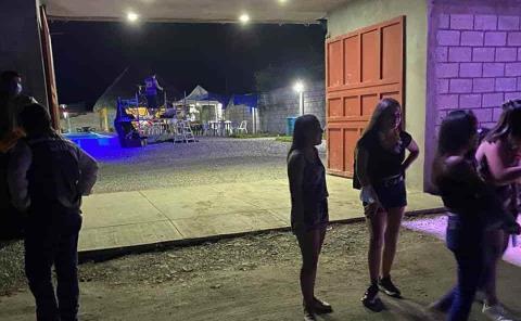 """Fiestas """"clandestinas"""" organizan los jóvenes"""