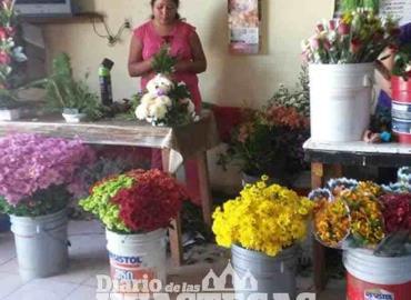Florerías arrasan con las ventas por Xantolo
