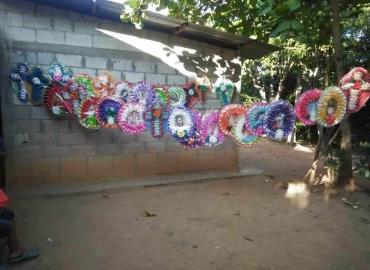 """Vendieron """"coronas"""" estudiantes del ICAT"""