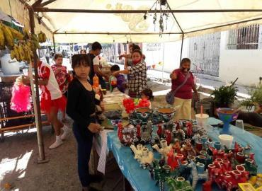 Comerciantes con baja venta de flores