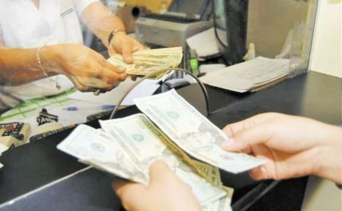 Repunta envío de dinero desde EU