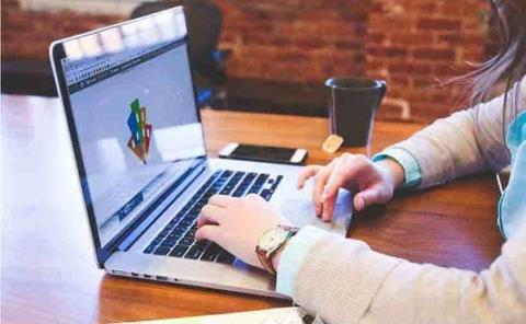 Proponen que empresas de  internet hagan reembolsos