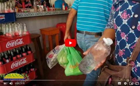 Tianguistas piden gel y cubrebocas