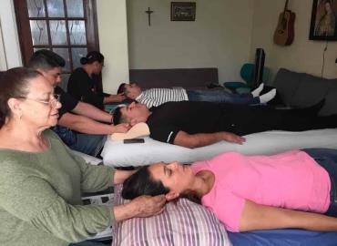 El IMM promueve terapia de masajes