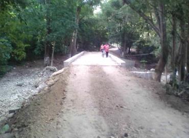 Puente provisional abrió Obras Públicas