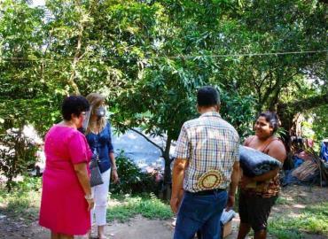 Entregaron ayuda a familias vulnerables