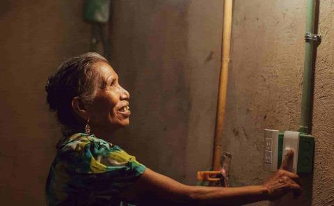 """Programa """"Luces de Esperanza"""" beneficiará a más comunidades"""