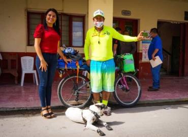 Llegó a la zona viajero ciclista