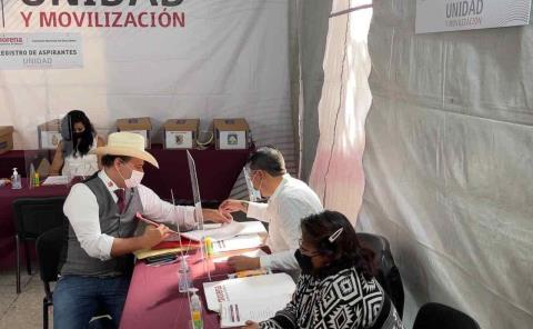 Se registraron trece para precandidatos en Morena