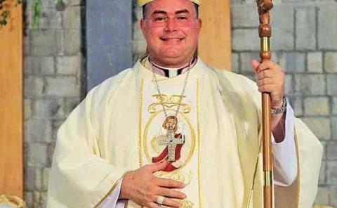 Llama Obispo a dejar a un lado la envidia