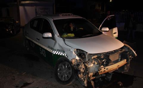 Taxi destrozado