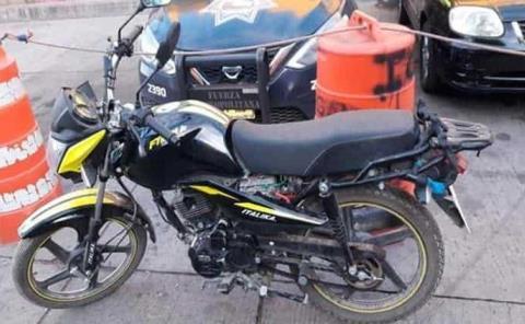 Menor atrapado con motocicleta robada